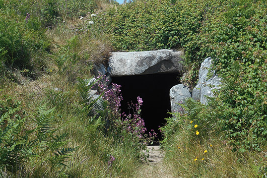 Neolithic-Burial-Chamber,-Guernsey