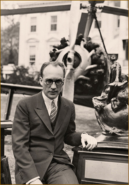 Harold Frederick Pitcairn with the Collier Trophy - 1930