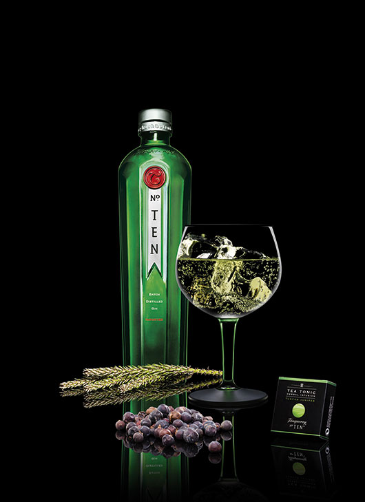 Tanqueray_No.TEN_and-Tea_2